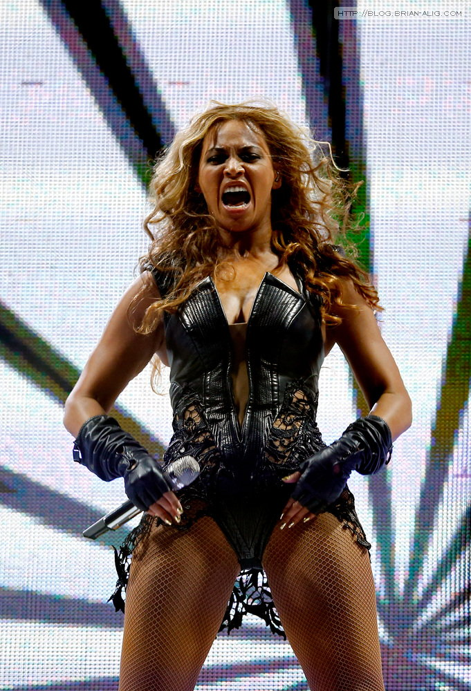 beyonce-unflattering-photo-0016