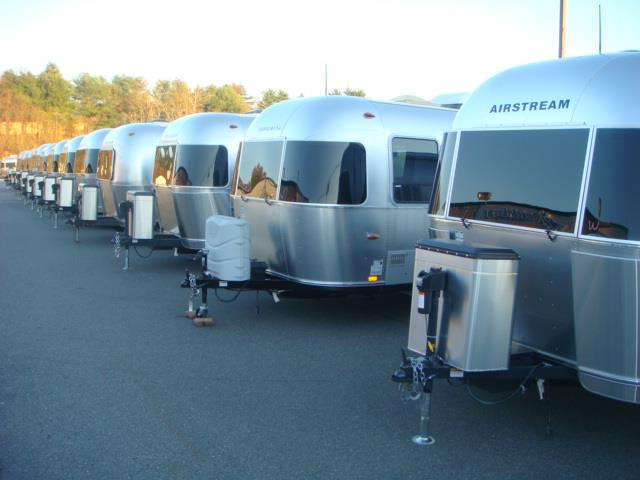 Airstream & Retrailer