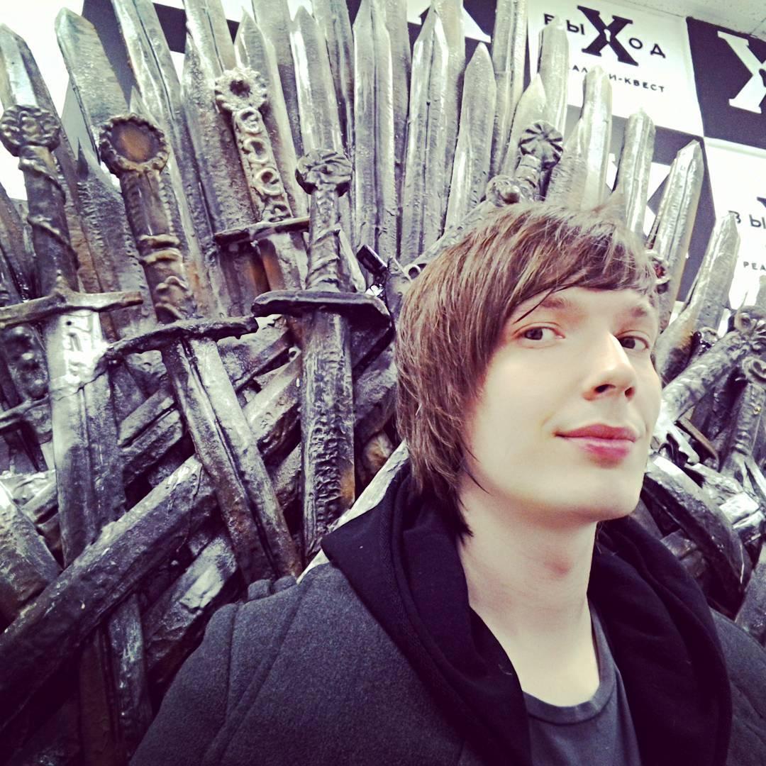 Мой железный трон лучше, чем твой